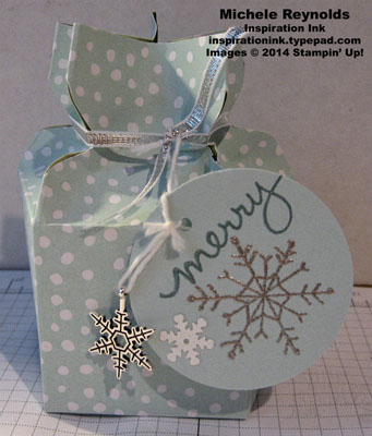 Endless wishes star topped box watermark