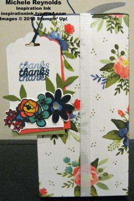 Bouquet blooms flower tag watermark