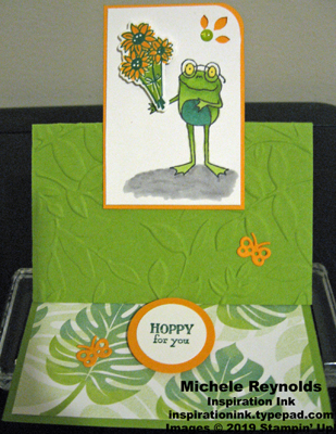 So hoppy together frog bouquet open